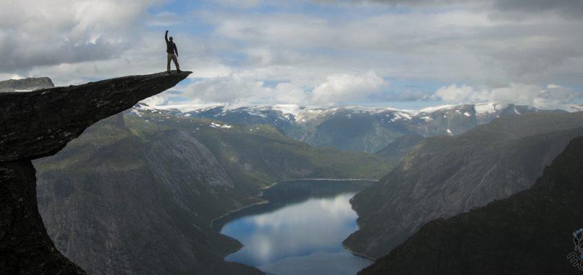 Descobrindo trilhas na Noruega