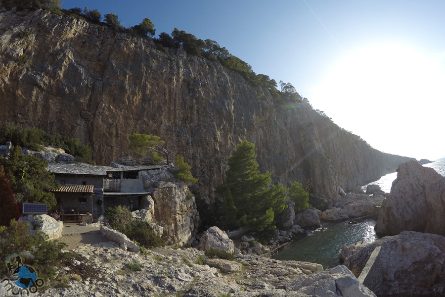 cliff base hvar