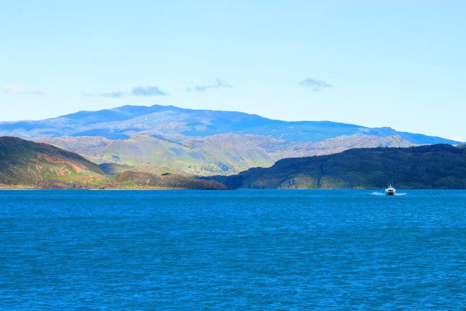 Lago Pehoe: enquanto esperávamos na fila do catamarã