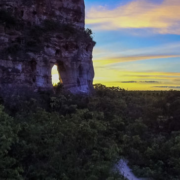Saiba tudo sobre a Pedra Furada no Jalapão – Tocantins